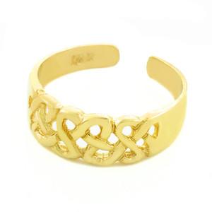 Trinity Knot Gold Toe Ring