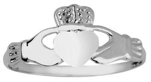 White Gold Ladies Claddagh Ring