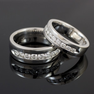 14K White Gold Men's Diamond Wedding Band 8mm
