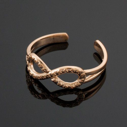 Rose Gold Infinity Toe Ring with Hearts Texture