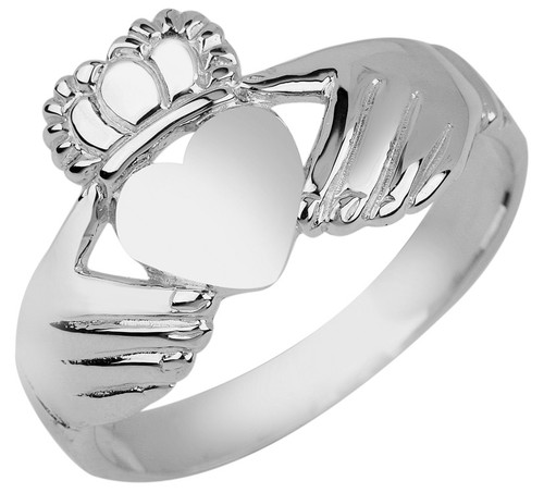 Ladies Irish Claddagh Ring in Sterling Silver