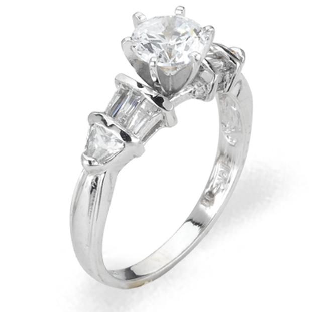 Ladies Cubic Zirconia Ring - The Mai Diamento