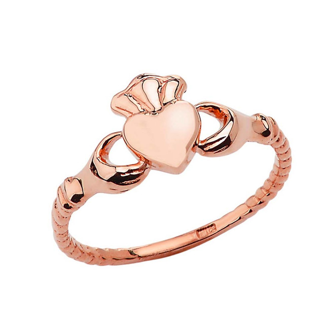 Chic Traditional Irish Claddagh Ring in Rose Gold