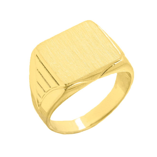 C Men's Engravable Oval Signet Ring in Yellow Gold