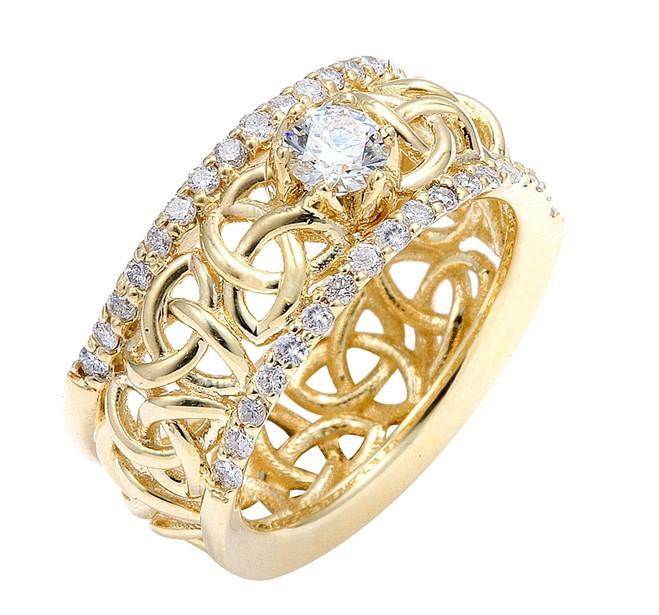 Gold Celtic Trinity Love Knot Diamond Wedding Ring 0.80ct.