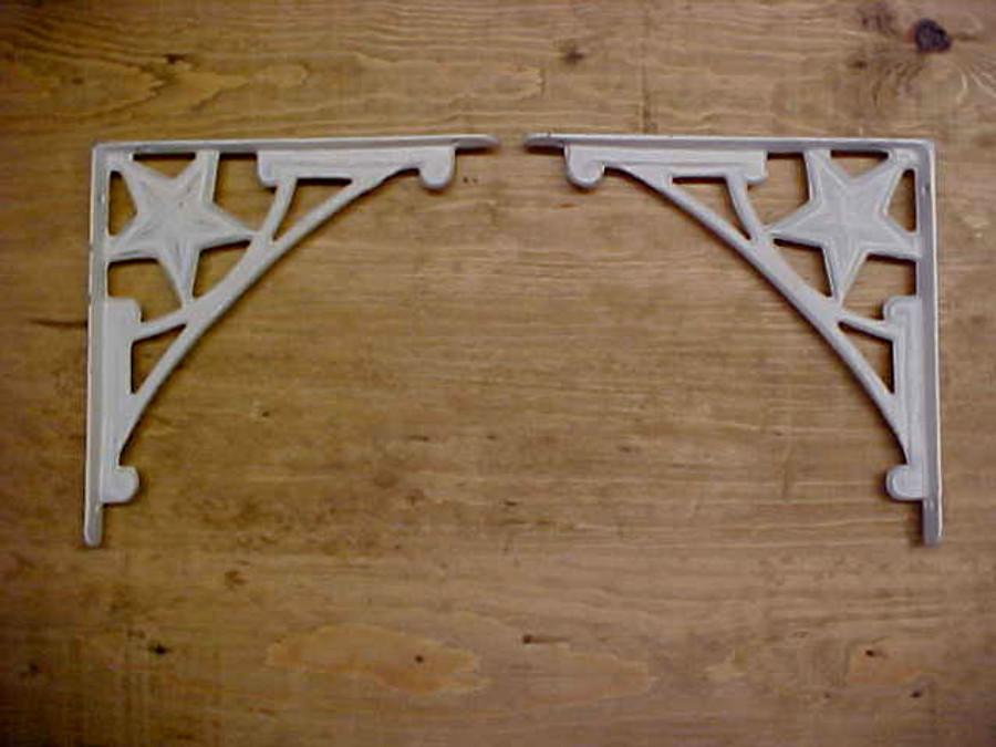 White Star Shelf or Corner Bracket