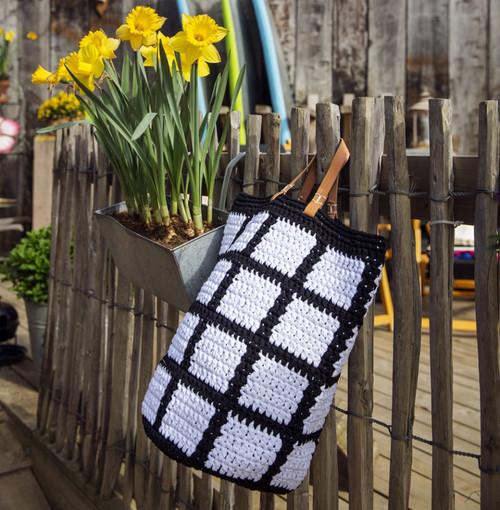 DIY Crochet Kit Molla Mills Ruutu Bag