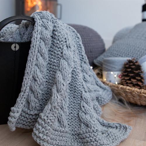 DIY Knitting Kit Ribbon XL Cable Throw - Grey