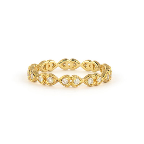 18KT Petite Diamond Heart Band