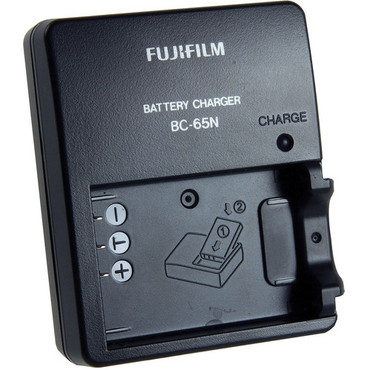 BC-65N Charger for the NP-95 Battery (100-240V, 50-60Hz)