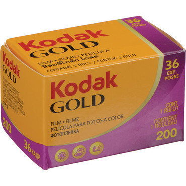 Kodak GOLD 200 Color Negative Film (35mm Roll Film, 36 Exposures)