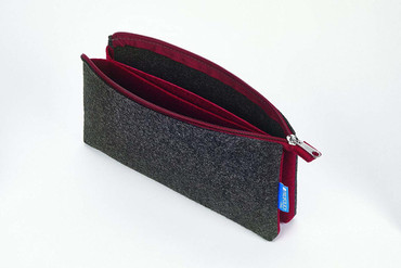"Itoya Profolio Midtown Pouch, Charcoal and Maroon(5""x9"")"