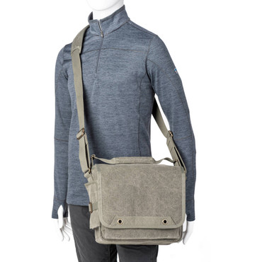 710751 Think Tank Photo Retrospective 10 V2.0 Shoulder Bag