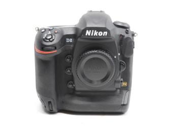 Pre-Owned - Nikon D5 DSLR Camera Dual CF Card