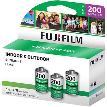 FUJIFILM Fujicolor 200 Color Negative Film (35mm Roll Film, 36 Exposures, 3 Pack)