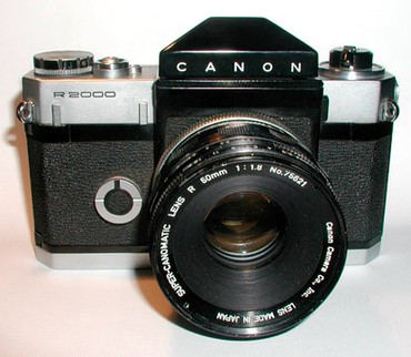 Pre-Owned Canon R2000 canonflex With 50mm 1.8 lens film camera