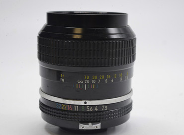 Pre-Owned - Nikon Nikkor 105mm F/2.5 Non-AI