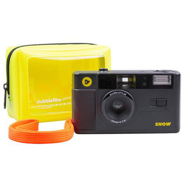 dubble film SHOW 35mm Reusable Flash Camera with Case and Neck Strap (Black)