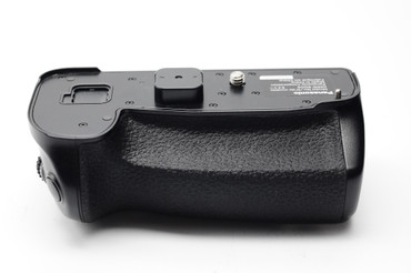 Pre-Owned Panasonic DMW-BGG9 Battery Grip for Lumix DC-G9