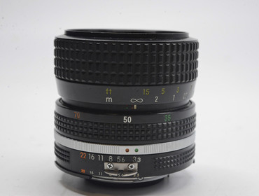 Pre-Owned - Nikon 35-70mm f/3.3-4.5 Macro AIS Manual Focus Lens