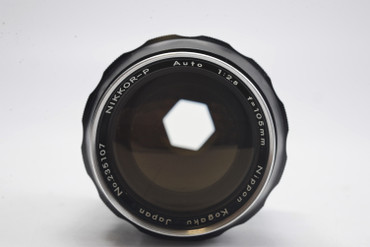 Pre-Owned - Nikon Nikkor-P  105mm F/2.5 AI Silver