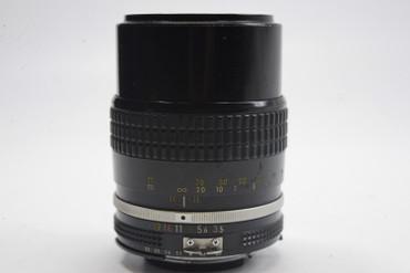 Pre-Owned - Nikon Nikkor 135mm F3.5 AI Black