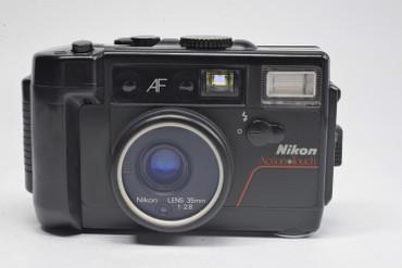 Pre-Owned Nikon Action Touch 35mm Camera 35mm f/2.8 AF Lens