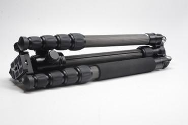 Pre-Owned Mefoto GlobeTrotter Carbon Fiber Tripod - Black