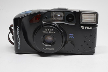 Pre-Owned Fuji Discovery 900 Zoom plus, film camera
