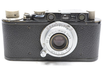 Pre-Owned Leica I BLACK (1928) (SN#:5574) (Total Made:267) w/ Elmar 50mm (~5CM)  F/3.5 (SN:1341902) (1956) (Total Made:5,000)