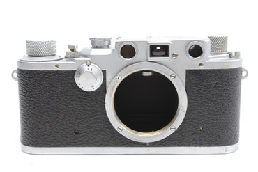 Pre-Owned Leica IIIC (1941-1942) (SN#:384309) Body only (Total Made:20,550)