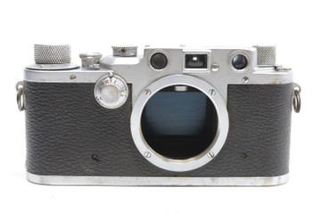Pre-Owned Leica IIIC (1946-1947) SN#: 408546, Body Only (Total made: 40,001)