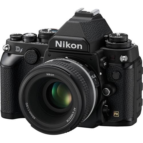 Nikon DF Front Right