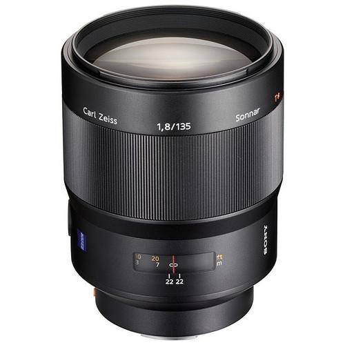 Sony Alpha 135mm f/1.8 Carl Zeiss Sonnar T
