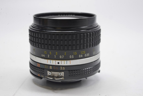 Pre-Owned - Nikon Nikkor 28Mm F/3.5 AI-S