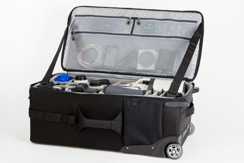 730576 Logistics Manager 30 - Rolling Gear Case