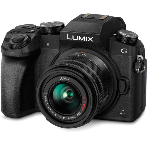 PANASONIC Lumix DMC-G7KK Kit w/ 14-42mm Lens (Black) (ACE50096)