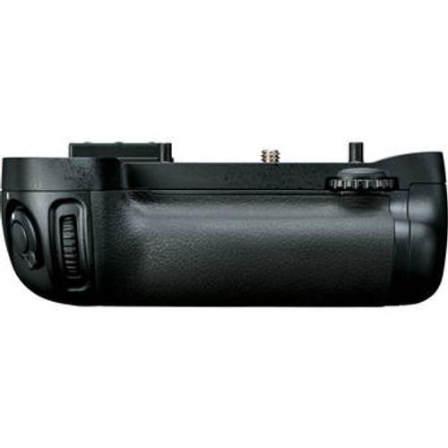 Nikon MB-D15 Multi Power Battery Pack For D7100, D7200
