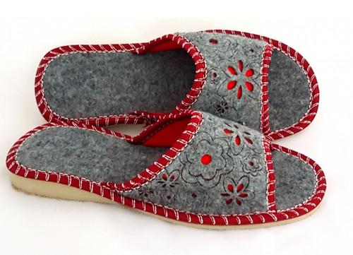 Women's Felt Home Slippers - Open Toe (Red)