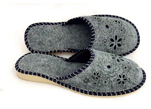 Women's Felt Home Slippers - Close Toe (Navy)