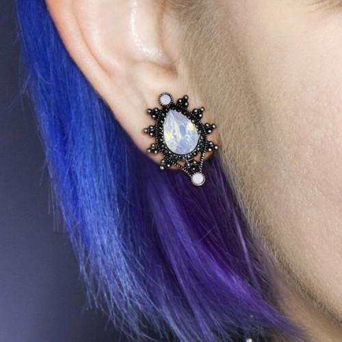 Ornate Oval opal 316L Stainless Steel Teardrop Ear plugs