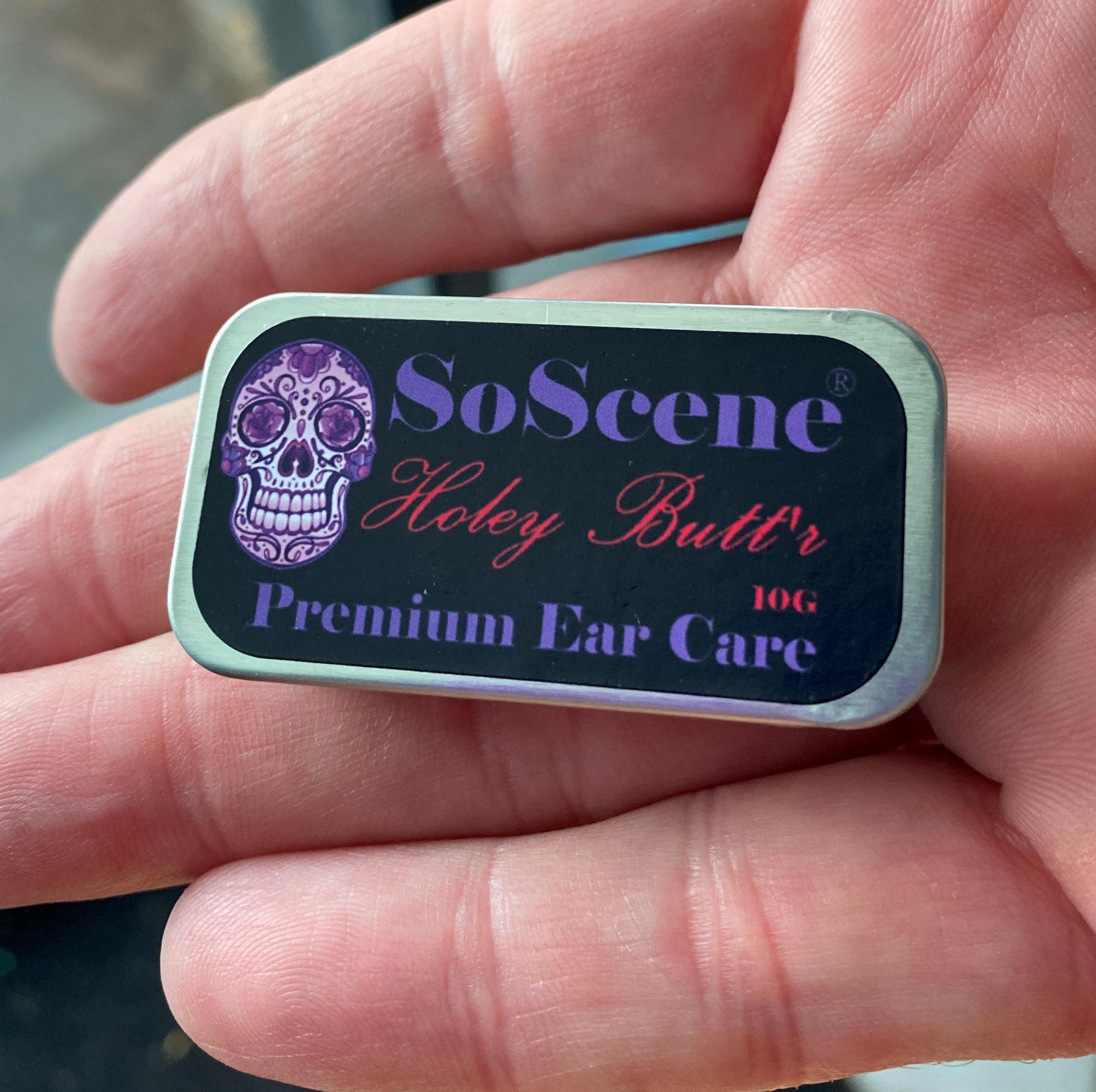 butter-in-hand-soscene-.jpg