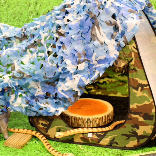Army Style camouflage netting, great for building reading dens or play areas. Endless role play fun and assault course building.