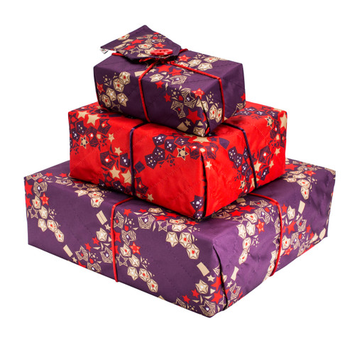 Crackle Pack includes a large, medium & small sheet of fabric gift wrap in our contemporary Wrag Wrap Christmas colours