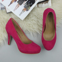 Closeup view of features of Fuchsia Pink Suede High Heel Platform Court Shoes