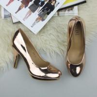 Closeup view of features of Rose Gold PU High Heel Platform Court Shoes