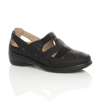 Front right side view of Black PU Low Heel Lightweight Elastic Comfort Casual Walking Shoes
