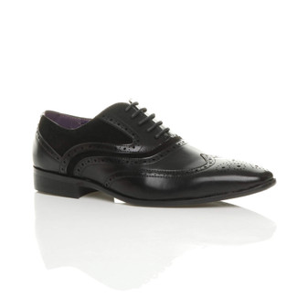Front right side view of Black PU Pointed Toe Contrast Brogue Shoes