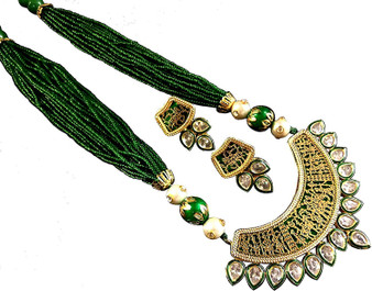 Thewa necklace