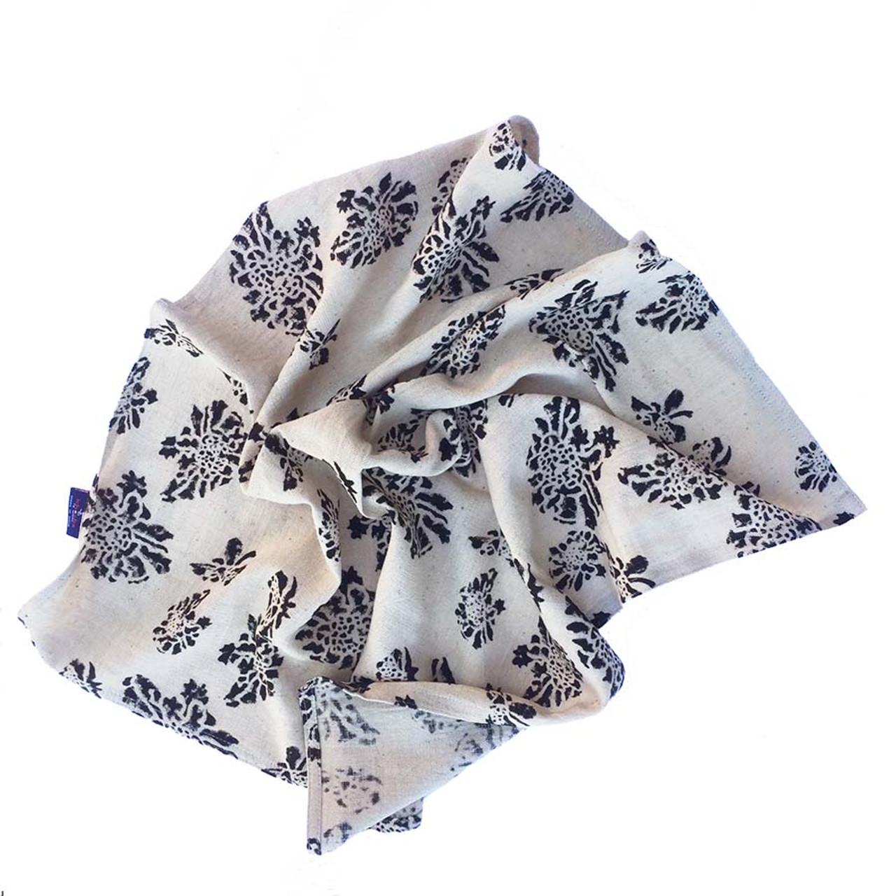 Beige flower napkins